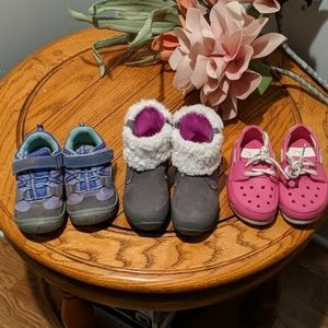 Lot size 9 toddler shoes